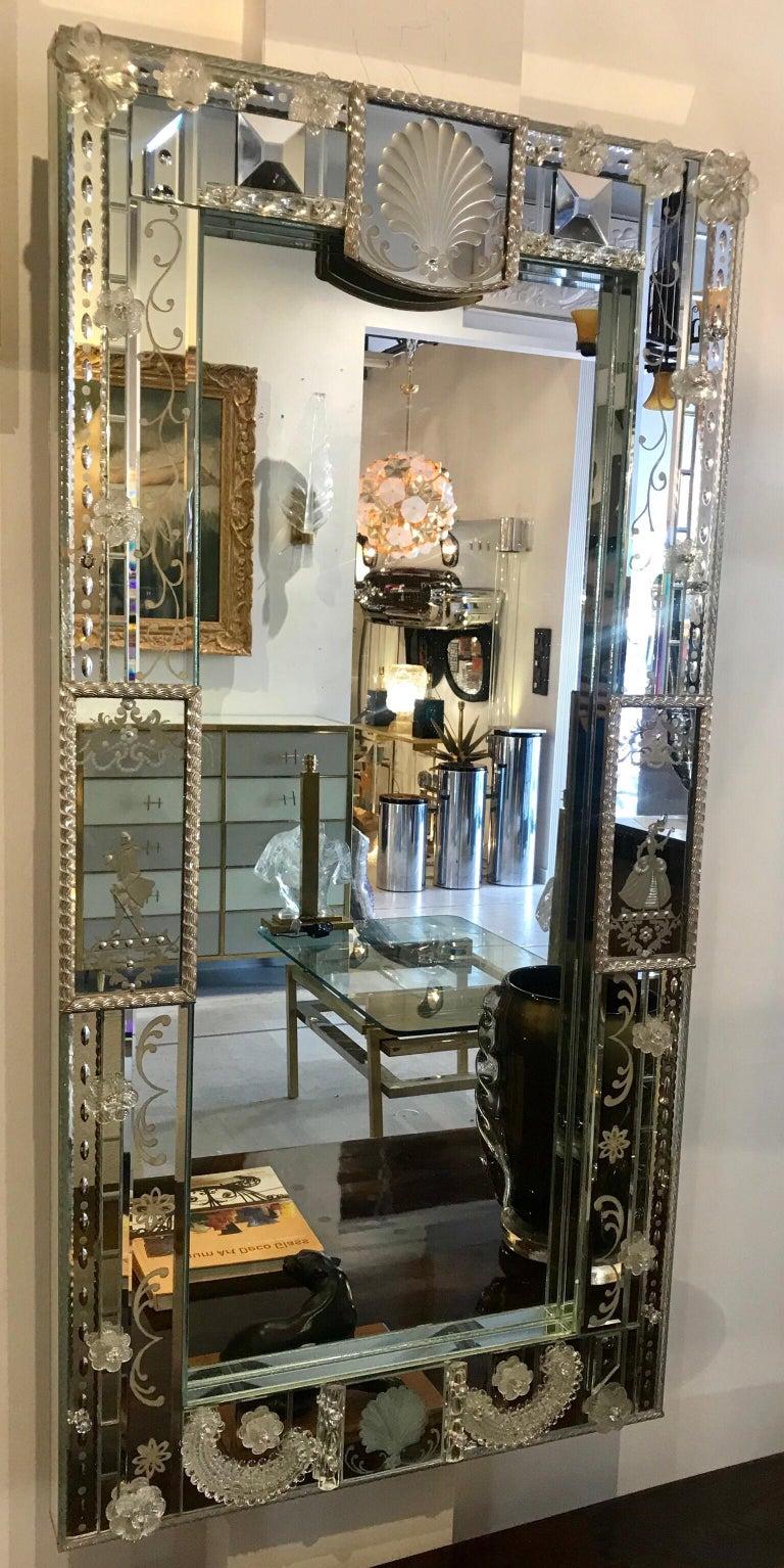 Stunning  Mid-Century Venetian Mirror For Sale 12