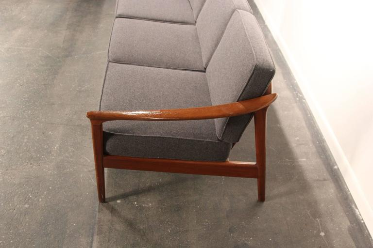 Folke Ohlsson For Dux Solid Teak Sofa In Excellent Condition In Norwalk, CT