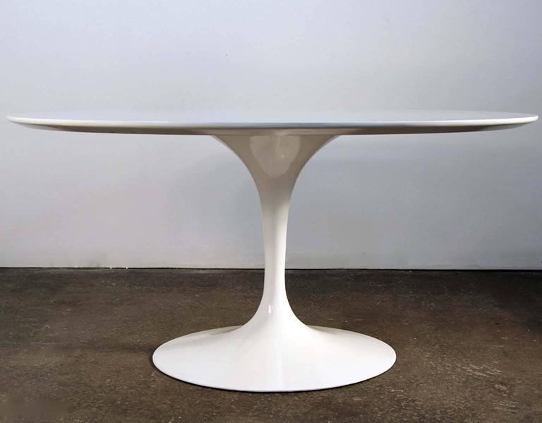 Eero Saarinen For Knoll Tulip Table In White Lacquer MidCentury - Original saarinen tulip table
