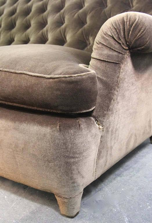 Mid-20th Century Hollywood Regency Napoleonic Style Brown Tufted Velvet Sofa For Sale