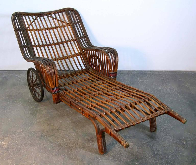 Antique stick wicker chaise lounge chair with barkcloth for Chaise lounge antique furniture