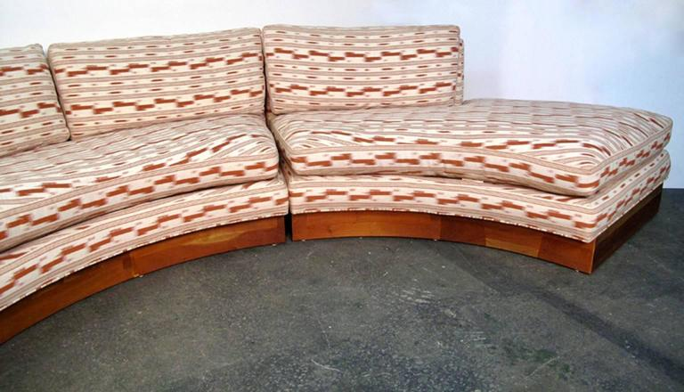 Mid-20th Century Circular Curved Mid-Century Modern Section Sofa by Erwin Lambeth for John Stuart For Sale