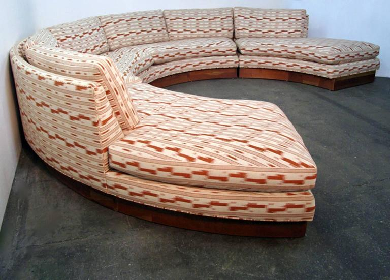 Upholstery Circular Curved Mid-Century Modern Section Sofa by Erwin Lambeth for John Stuart For Sale