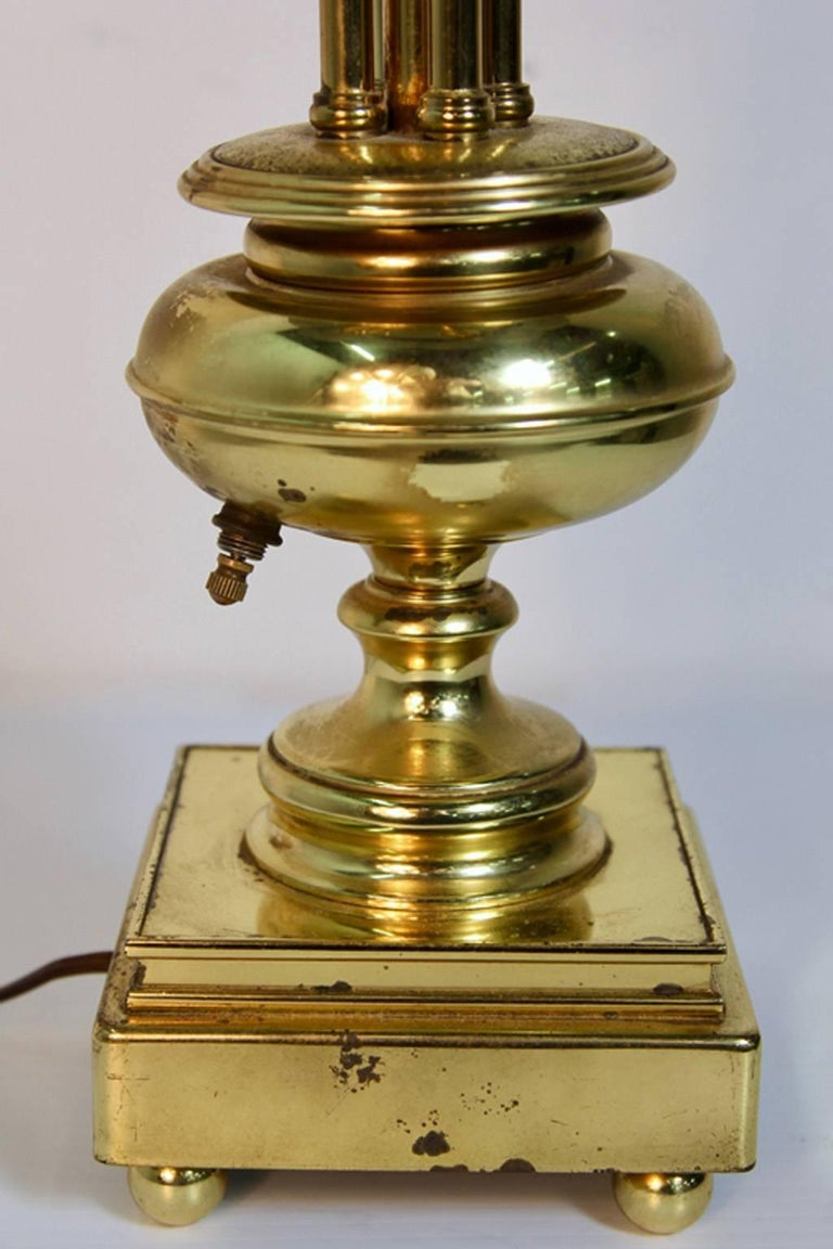 Hollywood Regency Brass Table Lamp in the Manner of Paavo Tynell For Sale 6