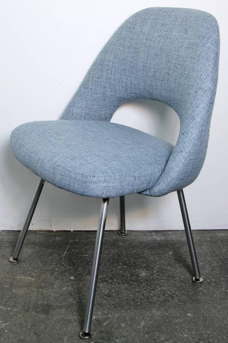 Eero Saarinen Executive Side Chairs Newly Upholstered For Knoll For Sale At 1