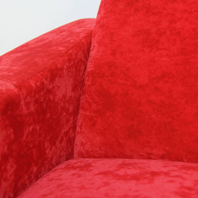 Pair of Italian Style Upholstered Club Chairs in Red Velvet For Sale 4