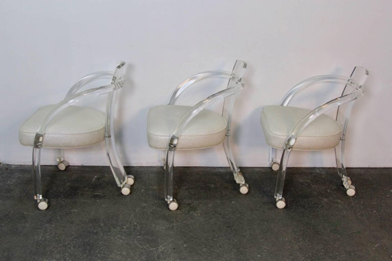 Set of Six Midcentury Lucite Chairs In Good Condition For Sale In Norwalk, CT