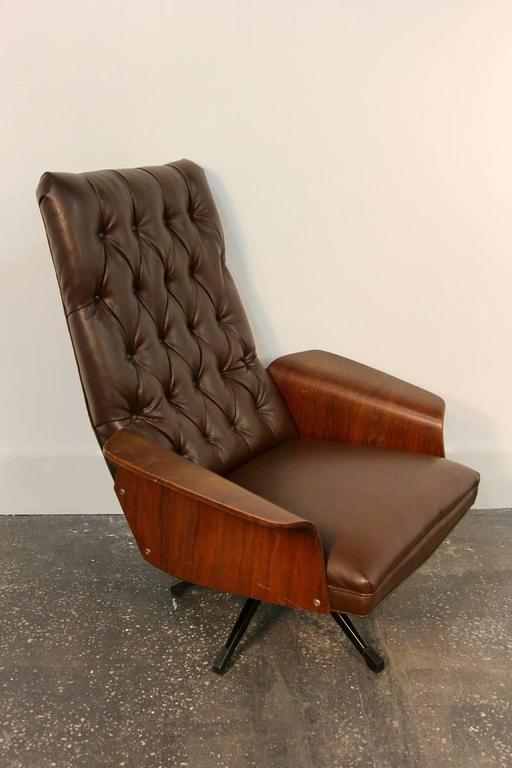Mulhauser Tufted Back Lounge Chair By Plycraft For Sale At