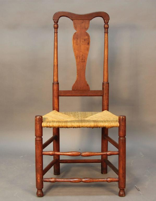 Assembled set of eight Connecticut made country Queen Anne Chairs made from  ash, maple, - Set Of Eight Early CT Country Queen Anne Chairs For Sale At 1stdibs
