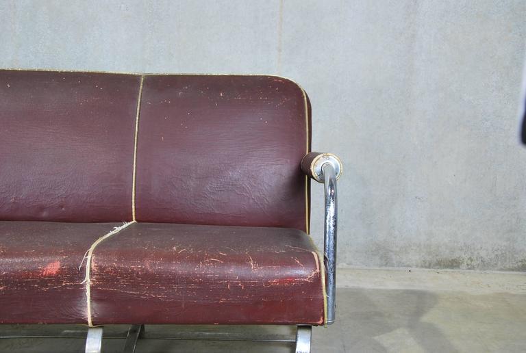 mid century oil cloth covered lloyd loom metal sofa at 1stdibs. Black Bedroom Furniture Sets. Home Design Ideas