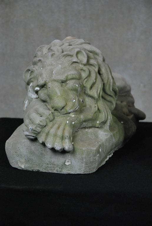 Pair Of Early 20th Century Garden Cast Concrete Lion Statues 2