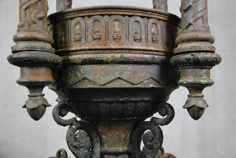 19th Century Cast Iron Outdoor Fountain by J.L. Mott, NYC In Good Condition For Sale In Surrey, BC