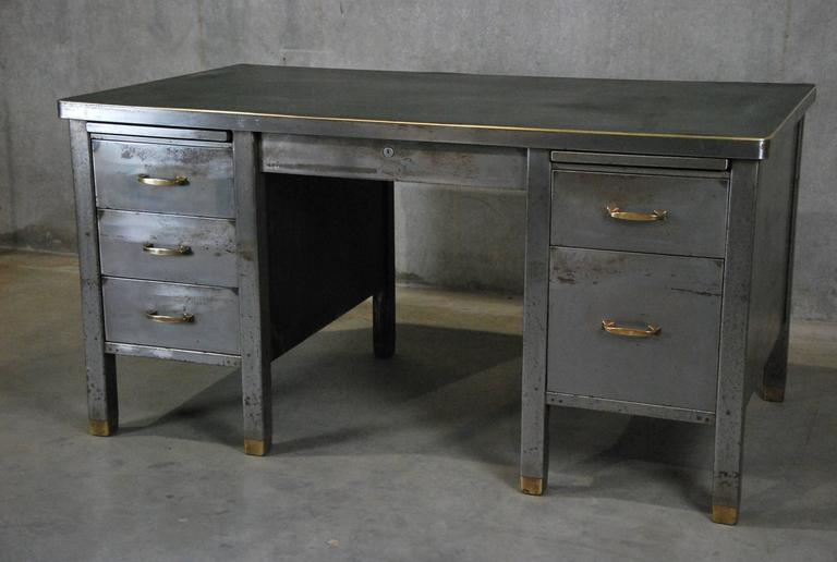 Very Nice Cleaned Down And Hand Polished Metal Mid Century Desk With Wonderful Br Hi