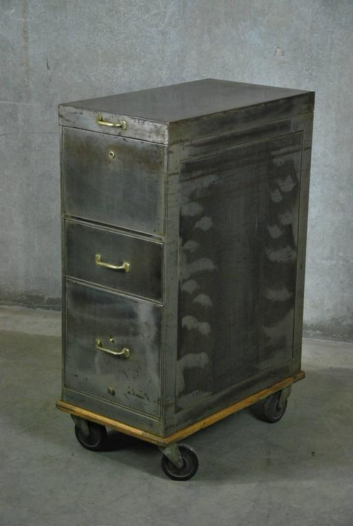 Exceptionnel Machine Age 1930 Lift Top Metal Industrial Filing Cabinet For Sale