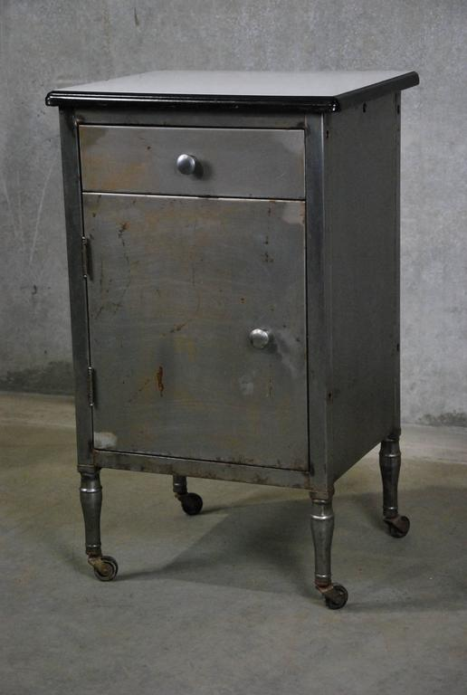 vintage industrial simmons metal side table. 1930s American Industrial Freestanding Stationary Oversized Side Table And/or Cabinet Designed And Fabricated By Vintage Simmons Metal N