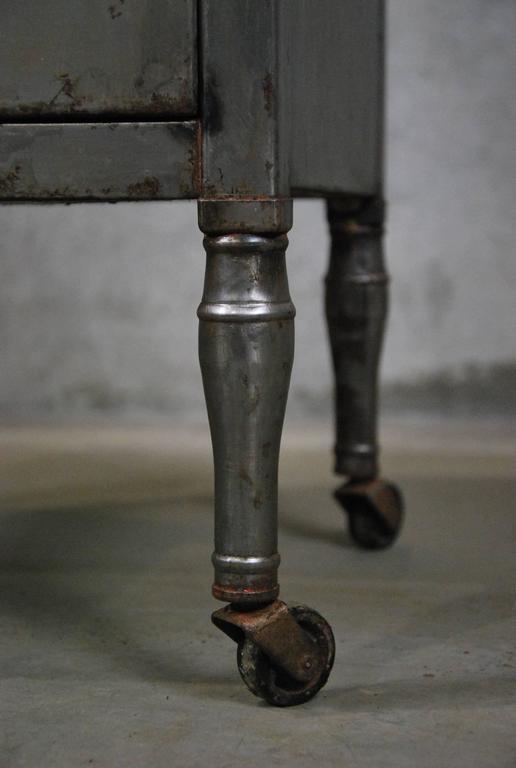 vintage industrial simmons metal side table. Vintage Industrial Simmons Metal Side Table 28