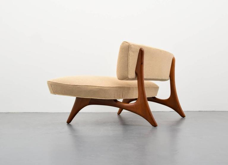 Rare And Early U0026quot;Floating Curveu0026quot; Loveseat Or Sofa By Vladimir Kagan.  Loveseat