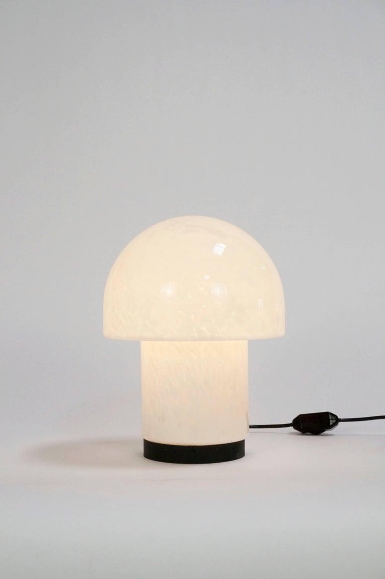 Art Glass Mushroom Table Lamp By Glashutte Limburg At 1stdibs