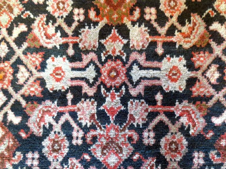Antique Persian Malayer Rug, circa 1900s In Good Condition For Sale In Los Angeles, CA