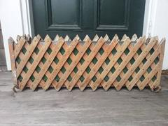 Lattice planter box