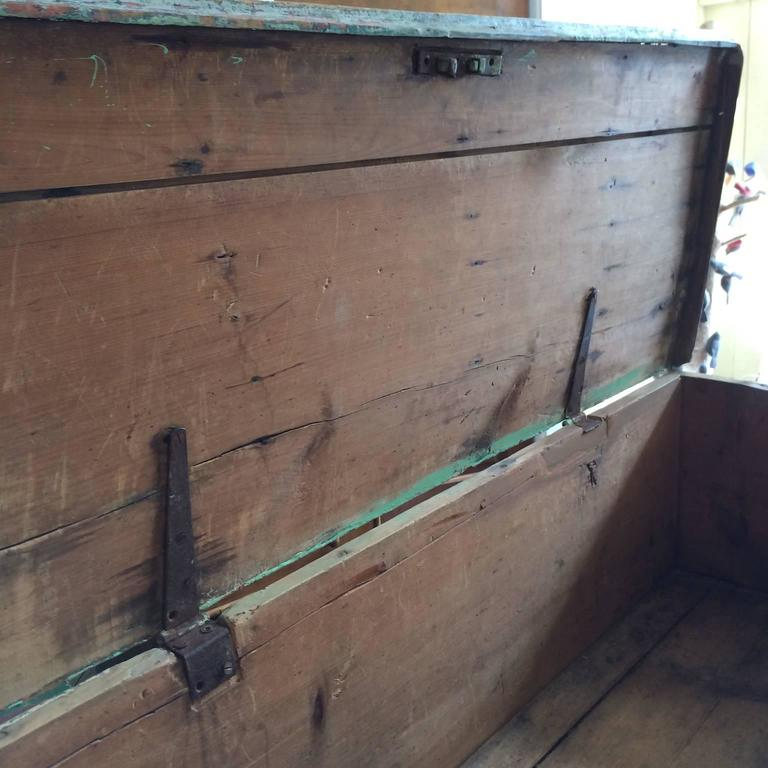 Wood Sea Chest in Green Paint For Sale