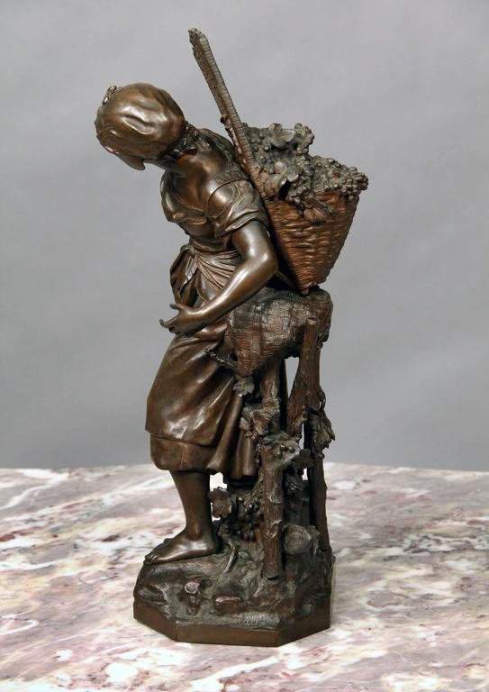 Belle Époque Lovely Late 19th Century Bronze Sculpture by Mathurin Moreau For Sale