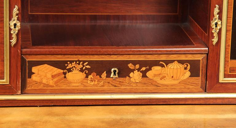 Belle Époque Fine Mid-19th Century Gilt Bronze Mounted Marquetry Desk by Guillaume Lexcellent For Sale