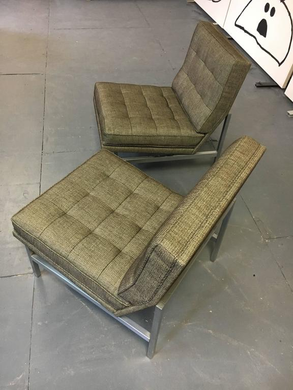 Pair of Florence Knoll Lounge Chairs for Knoll, circa 1960s 4