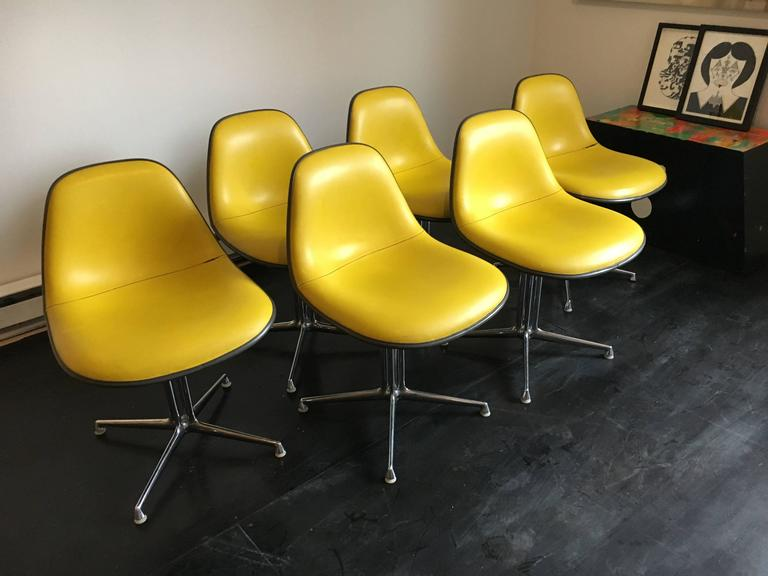 Mid-Century Modern Set of Six La Fonda Chairs by Charles and Ray Eames Herman Miller For Sale