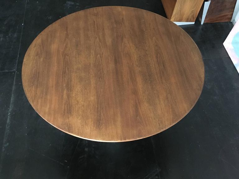 Eero Saarinen Walnut Tulip Dining Table for Knoll 6