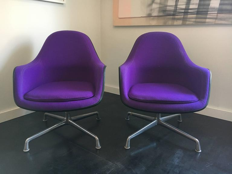 Charles & Ray Eames Ec-178 Lounge Chair Pair, Herman Miller 3