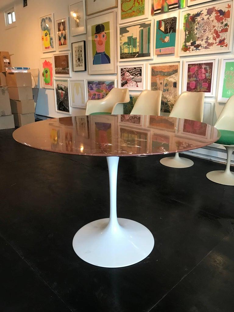 Mid-Century Modern Eero Saarinen Marble Tulip Table Knoll For Sale