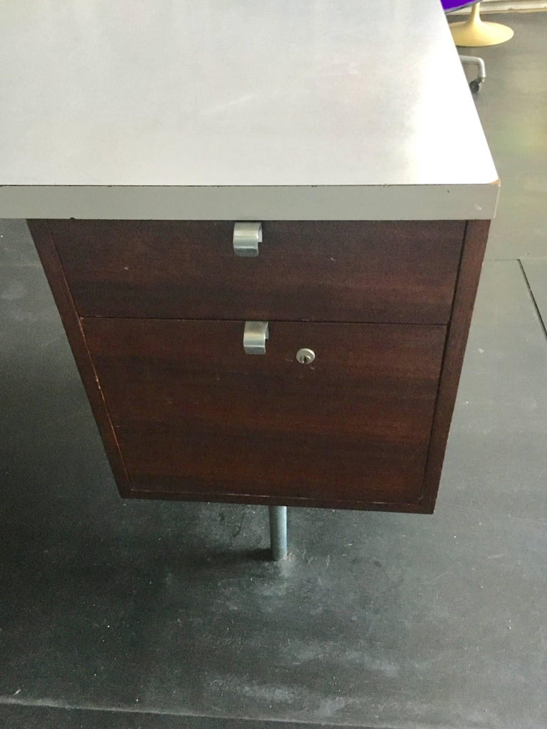 Mid-20th Century George Nelson Walnut Executive Desk Herman Miller, 1950 For Sale