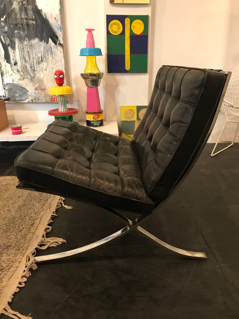 Bauhaus Ludwig Mies van der Rohe Pair of Barcelona Chairs, Knoll, Black Leather For Sale
