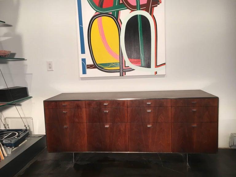 Davis Allen Walnut Credenza for GF, Mid-Century Modern For Sale 3