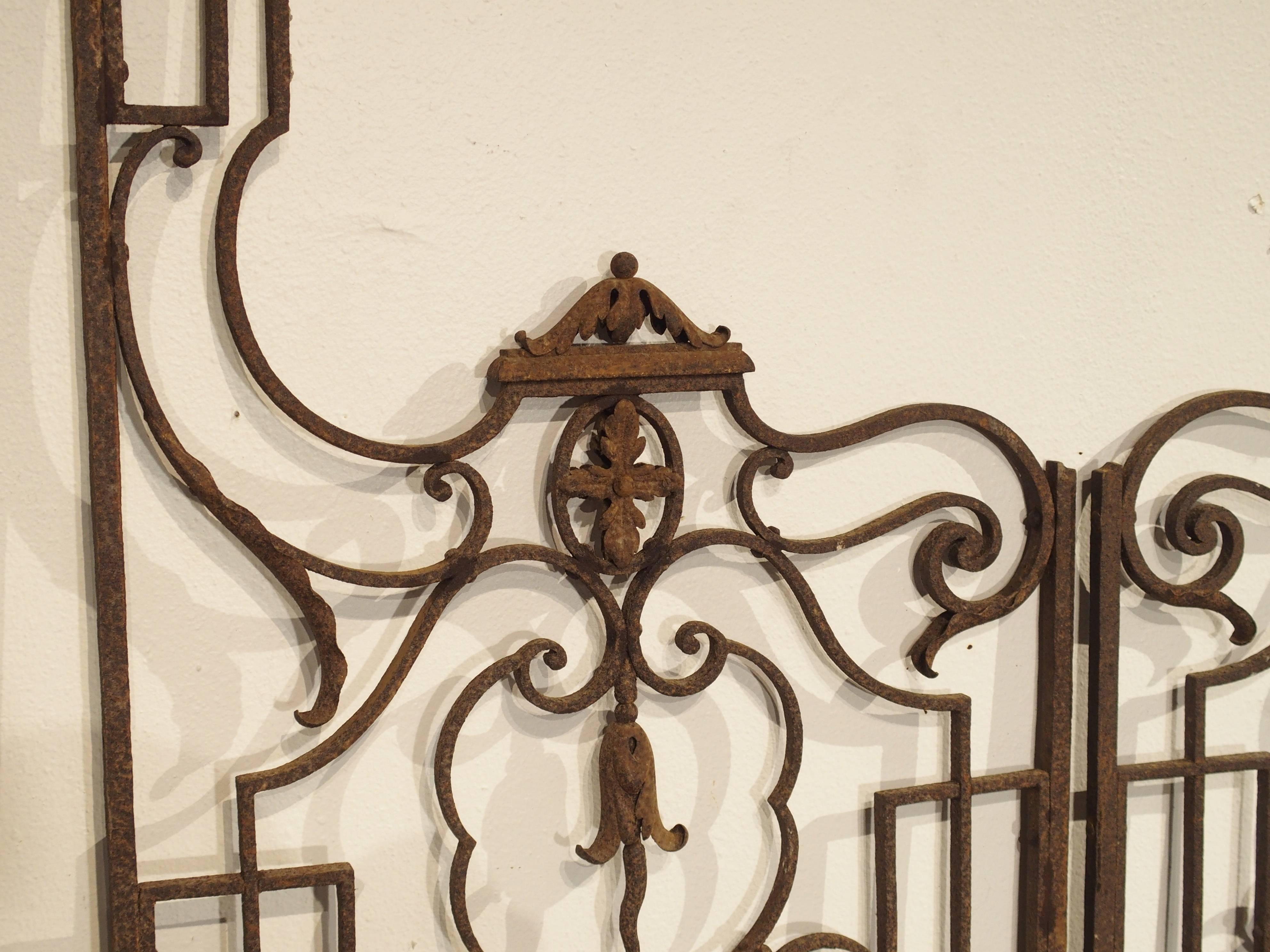 Superieur This Elegant Pair Of Antique Garden Gates From France Date To The End Of  The 19th