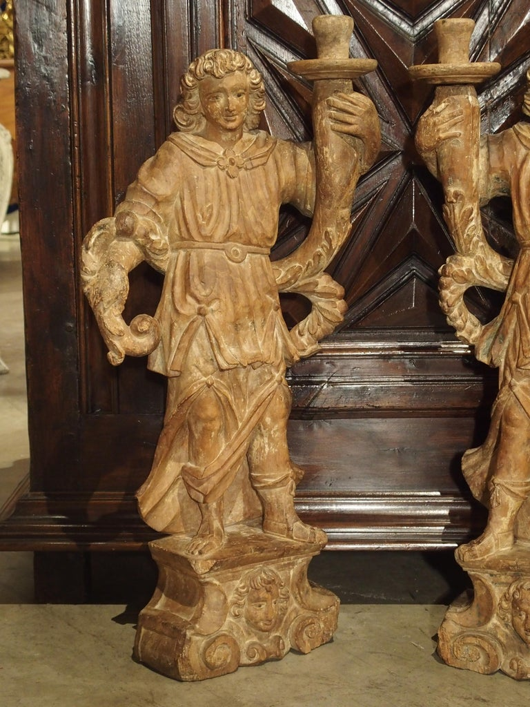 Beautiful Pair of Stripped 17th Century Italian Torchbearer Candleholders For Sale 11