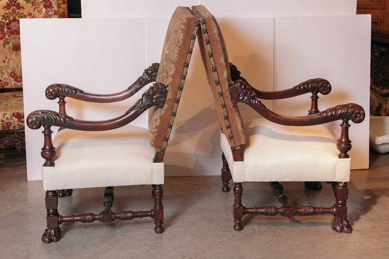 Pair of Antique Louis XIV Style Walnut Wood Armchairs with Lion's Paw Feet 3 - Pair Of Antique Louis XIV Style Walnut Wood Armchairs With Lion's