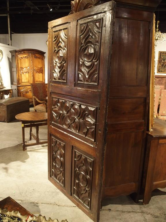 17th Century Carved Walnut Door from the Languedoc Region of France For Sale 5