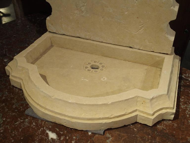 Small Carved Limestone Wall Fountain from Italy In Excellent Condition For Sale In Dallas, TX