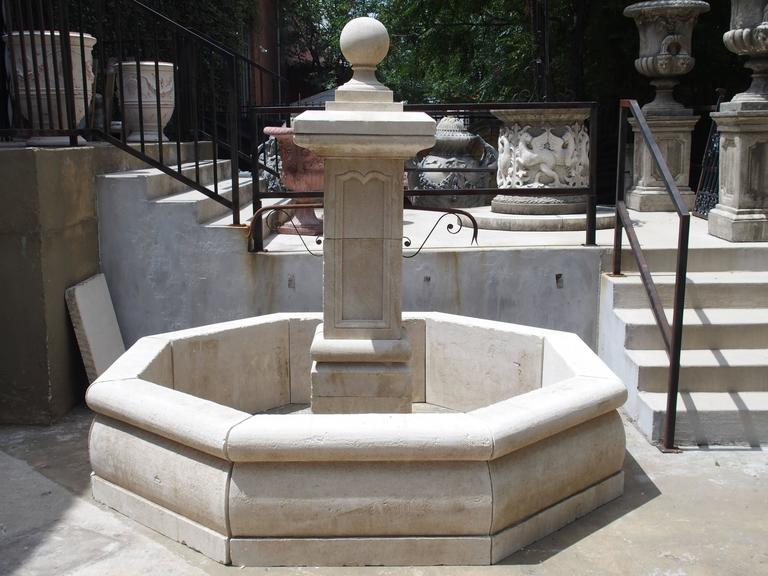 Carved Octagonal Limestone Centre Fountain from Provence In Good Condition For Sale In Dallas, TX