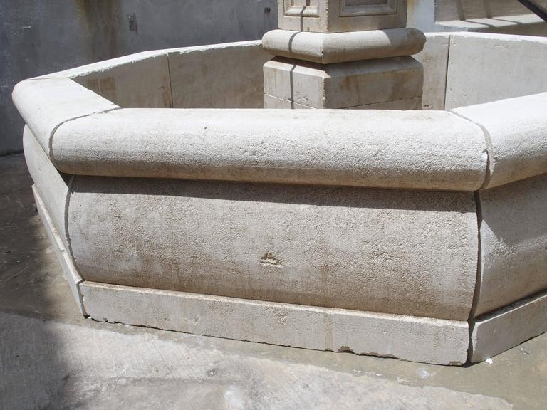 Contemporary Carved Octagonal Limestone Centre Fountain from Provence For Sale