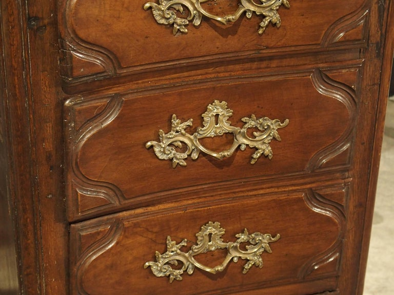 Louis XV 18th Century Walnut and Oak Chiffonier Chest of Drawers from France