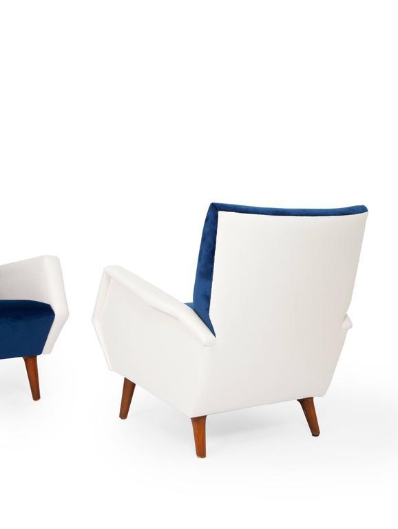 Pair of Armchairs by Gio Ponti 3