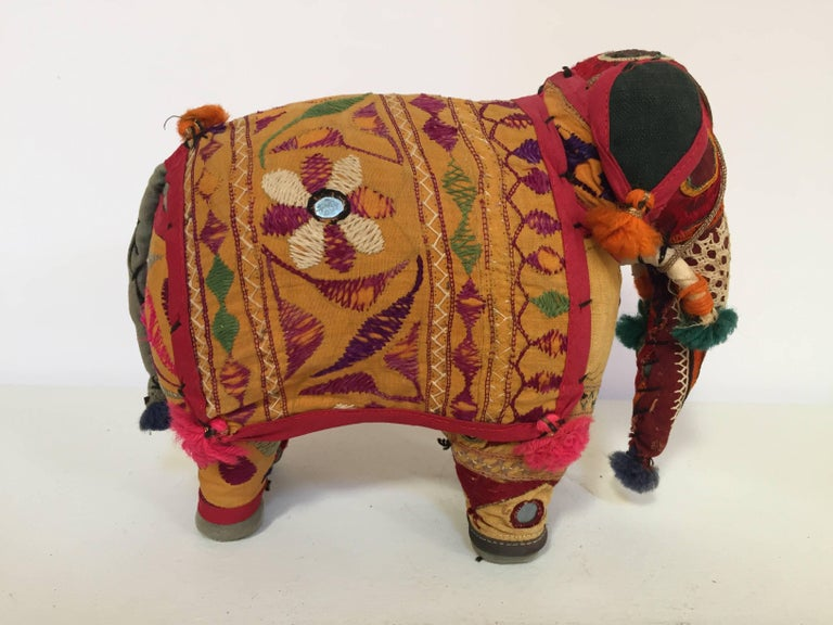 Indian Hand-Crafted Anglo Raj Vintage Stuffed Cotton Embroidered Elephant, India 1950 For Sale