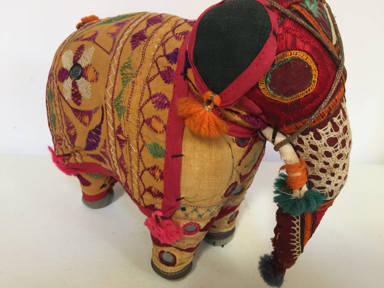 Hand-Crafted Anglo Raj Vintage Stuffed Cotton Embroidered Elephant, India 1950 For Sale 3
