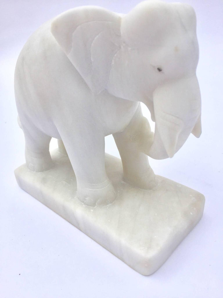 Indian Hand-Carved White Elephant Marble Sculpture Jaipur, Rajasthan India For Sale
