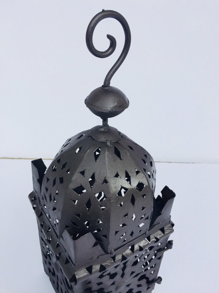 Moroccan Hurricane Metal Candle Lantern Indoor or Outdoor For Sale 7