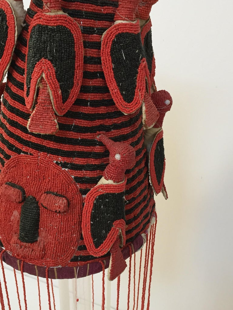 Fabric Yoruba Nigeria African Red Royal Beaded Headdress Crown on Lucite Stand For Sale