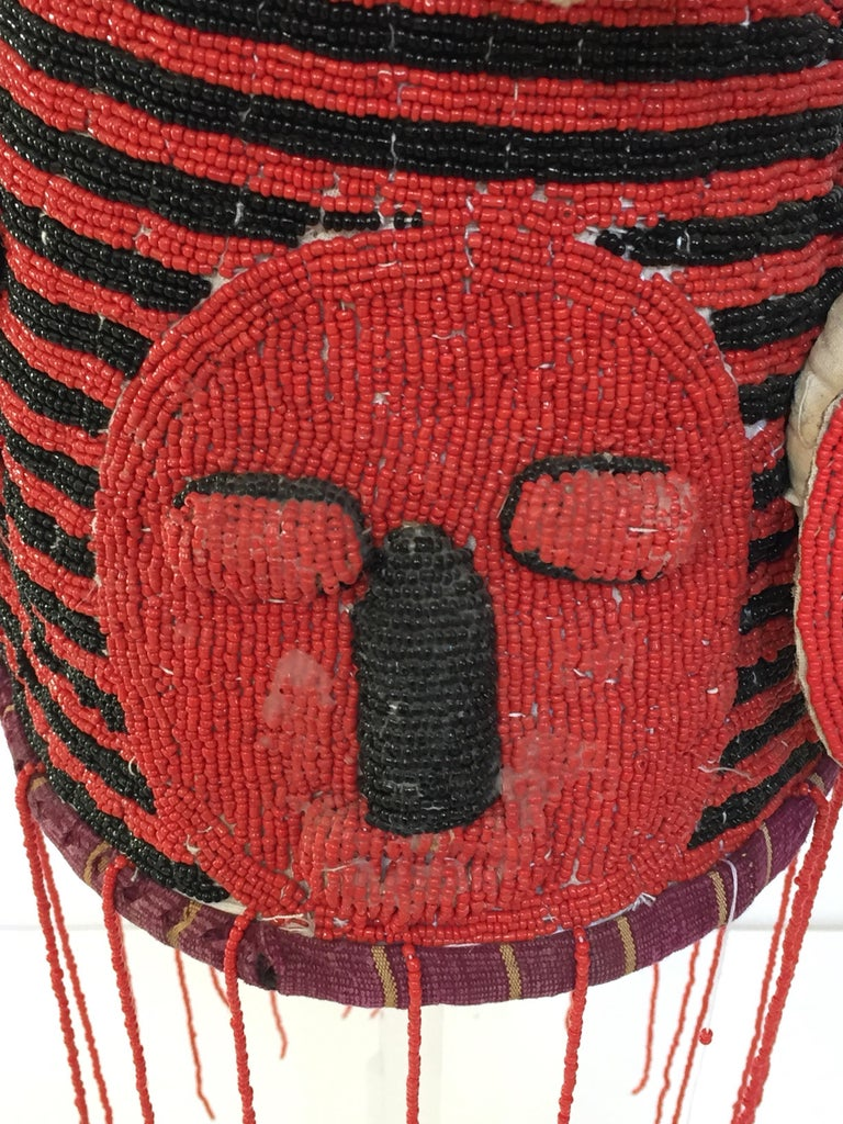 Yoruba Nigeria African Red Royal Beaded Headdress Crown on Lucite Stand For Sale 1
